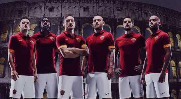 Ecco la nuova maglia della Roma la presentazione sul sito della Nike
