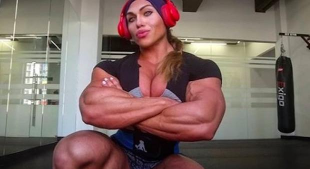 Le Persone Piu Muscolose Del Mondo.Natalia Kuznetsova La Donna Hulk Si Racconta A Domenica Live