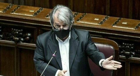 Smart working, Brunetta: «È un lavoro a domicilio all'italiana, un abbaglio pensarlo per il futuro»