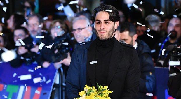 """Alberto Urso, testo e significato della canzone di Sanremo """"Il Sole ad Est"""""""