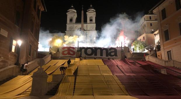 Roma, manifestazione ultras in centro: partite le verifiche della Digos