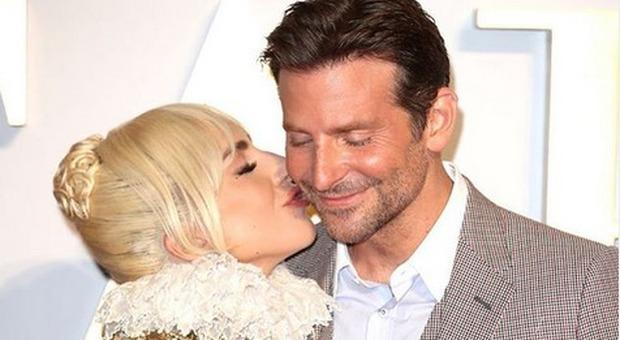 Irina Shayk, bella e sfortunata: lascia casa di Bradley Cooper (e c'è chi sogna Lady Gaga)