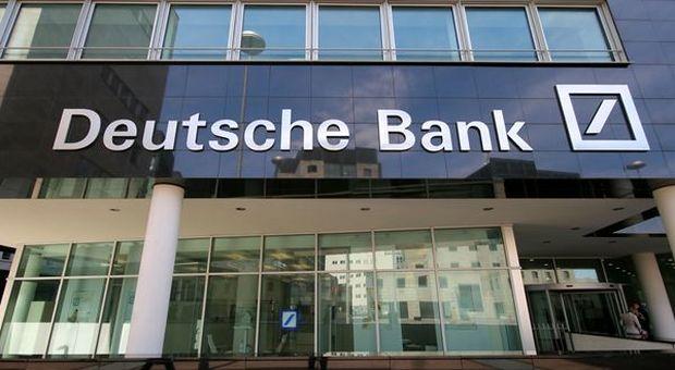 """Deutsche Bank """"too big to fail"""" ma salvataggio sarà """"lacrime e sangue"""""""