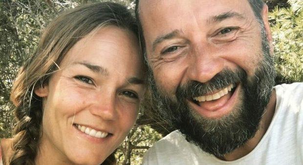 Fabio Volo, è finita dopo 9 anni con la compagna Johanna: lei si trasferisce alle Baleari con i figli