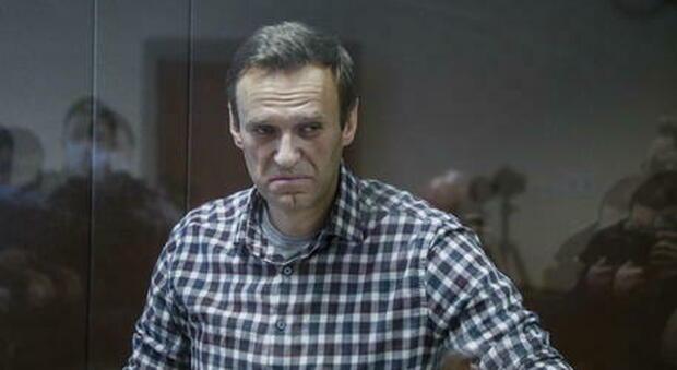 Alexei Navalny, blogger russo oppositore di Putin, condannato per una truffa a una compagnia francese nel 2014. Dopo un caso di avvelenamento, è stato arrestato lo scorso gennaio.
