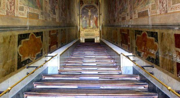 Roma, la Scala Santa torna a splendere dopo il restauro