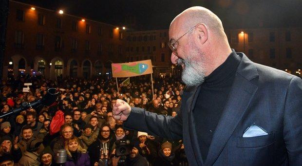 Elezioni Emilia, le città hanno votato Pd, ceti bassi con la Lega. Sardine rubano 3% all'astensione