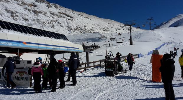 Vacanze sulla neve, i gestori: «Rischiamo di perdere il 70% del fatturato». Zaia: «Impianti meno pericolosi di altri»