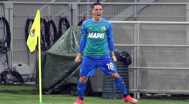 Milan-Sassuolo 1-2: Calhanoglu non basta, i neroverdi trionfano grazie alla doppietta di Raspadori
