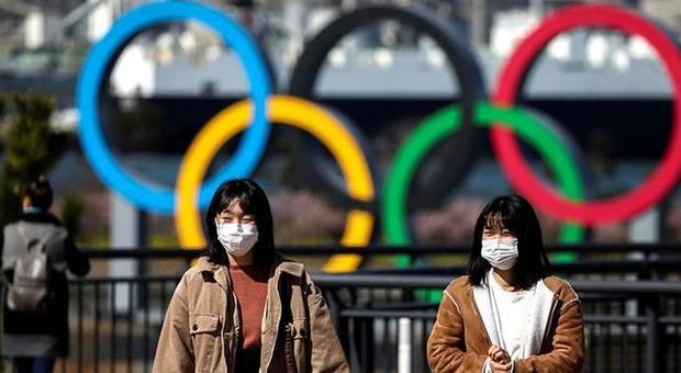 Covid, il 72% dei giapponesi vorrebbe rinviare le Olimpiadi: il sondaggio