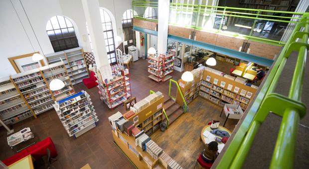 La biblioteca comunale verso la riapertura (parziale). Con polemiche dalla giunta Giampieri