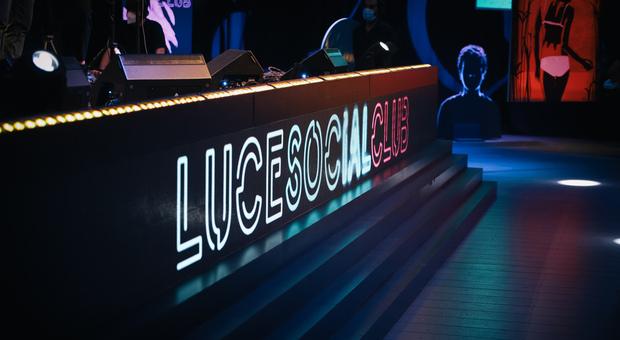 Sky Arte, al via la seconda stagione di Luce Social Club: gli ospiti della prima puntata