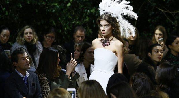 Dior, la collezione Haute Couture Primavera-Estate 2017 sfila a Parigi