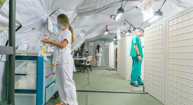 Negazionisti fanno irruzione in ospedale in Utah: «Vogliono provare che il Covid non esiste»