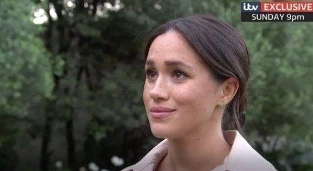 Meghan Markle parla di Harry: «Mi dissero 'non sposarlo, ti distruggeranno come Lady Diana'»