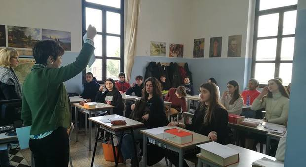 Quota 100, prof in fuga: 42 mila in pensione, super-sanatoria per i precari