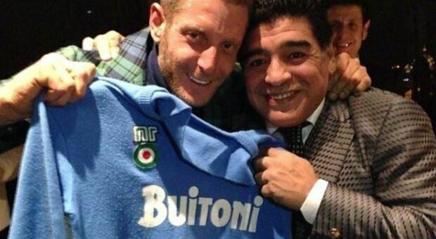 Lapo Elkann ricorda Maradona a Verissimo: «Ci accumunavano i vuoti che colmavamo con le sostanze»