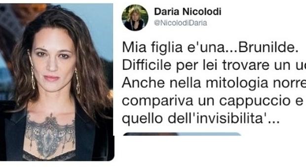 Asia Argento, la madre su Twitter: «È una Brunilde, non sa trovare l'uomo giusto»