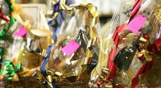 Auguri Di Natale Al Datore Di Lavoro.Cesto Di Natale Dal Datore Di Lavoro A 40 Dipendenti Due Ore Dopo