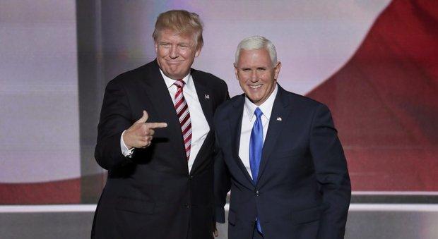 Trump e il video sessista, anche Pence si dissocia: indifendibile