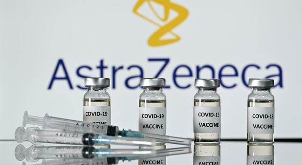 AstraZeneca, l'Ema frena Bruxelles: «Il sì al vaccino può slittare a marzo»