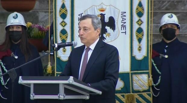Draghi a L'Aquila: «Vittime del terremoto sono 309 angeli, accelerare ricostruzione, 1,78 mld da Pnrr»