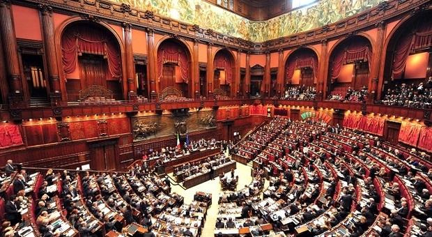 Manovra a colpi di fiducia: oggi il voto alla Camera