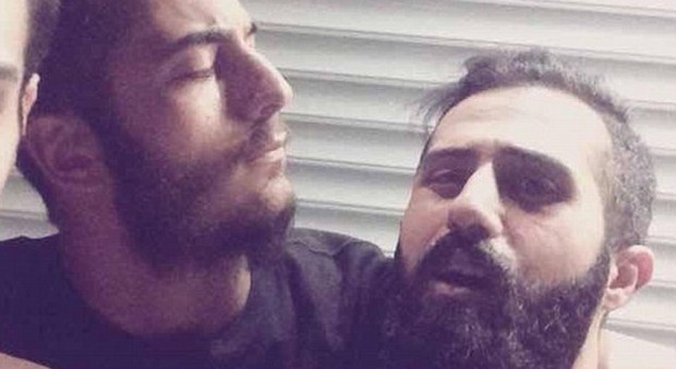 """Iran, arrestati due membri di una band heavy metal: rischiano la pena di morte per """"musica satanica"""""""