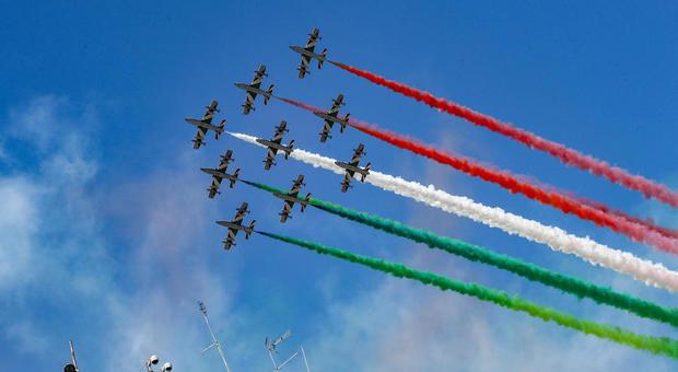 Le Frecce tricolori su tutta Italia: in cinque giorni verranno sorvolati i capoluoghi regione