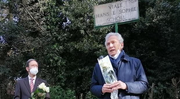 Roma, Rutelli a Villa Ada per ricordare Hans e Sophie Scholl, giovani eroi della Resistenza