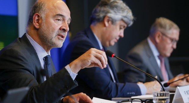 Manovra, Moscovici rassicura: «Clima disteso, l'Italia risponderà serenamente»