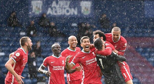 Il Liverpool vince al 95': segna Alisson, e Klopp rimane in corsa per la Champions