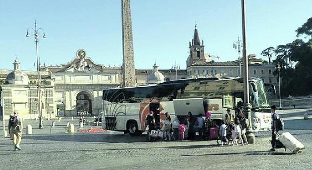 Bus turistici fuori dal Centro, rischio rinvio al 2020: «Appesi alla sospensiva»
