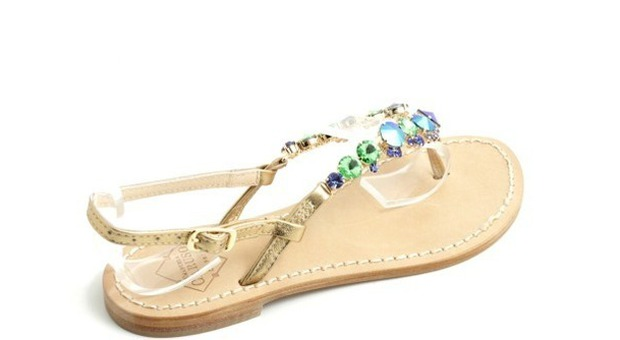 Imperdibili i sandali gioiello made in Capri faf3477cac6