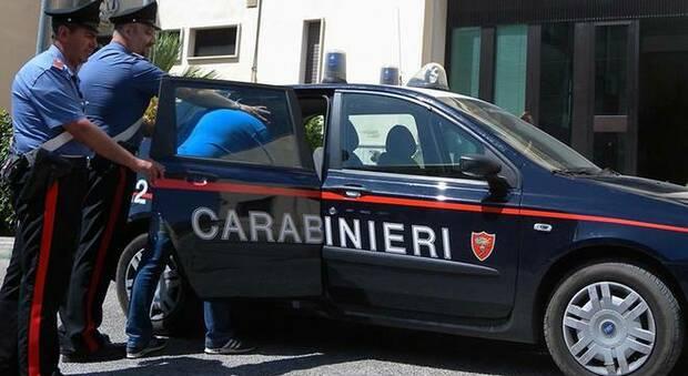 Denuncia il marito violento dopo anni di maltrattamenti: arrestato dai carabinieri