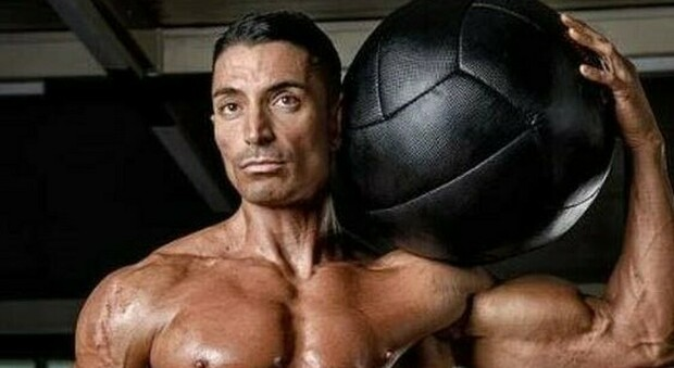 Napoli, morto campione di body building di Pompei: era medico nutrizionista e istruttore di fitness