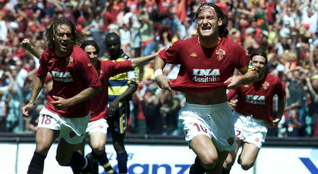 Da Totti e Batistuta a Tommasi e... Negro: così è nato lo scudetto del 2001
