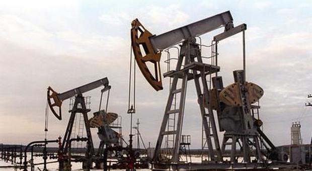 Libia, le milizie di Haftar bloccano il principale campo petrolifero del Paese