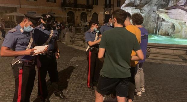 Virus Roma, carabinieri chiudono kebab a Monti: titolare sbarcato da Egitto doveva stare in quarantena