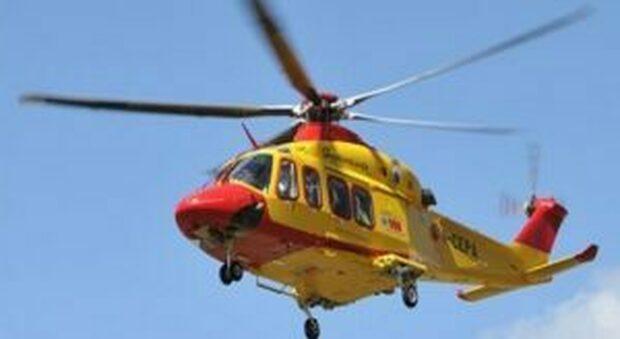Scontro sulla Marruviana: un morto e tre feriti, bambina trasportata in ospedale in elicottero