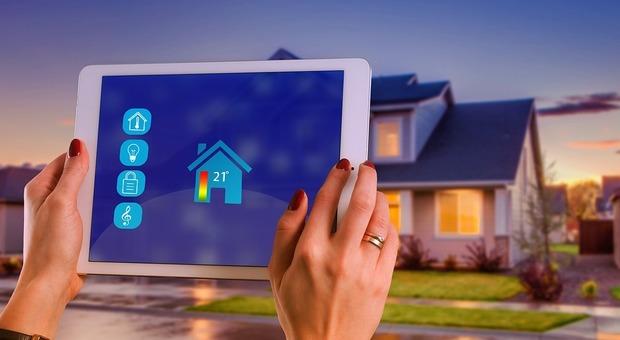 Smart home, tra i vantaggi c'è quello del risparmio