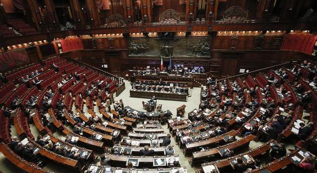 Camera pensioni record ai dipendenti 281 milioni for Dipendenti camera dei deputati