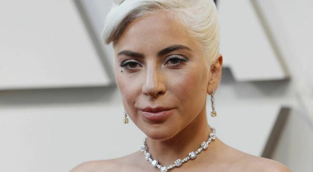 Lady Gaga, racconto choc: «Stuprata dal produttore a 19 anni e scaricata incinta per strada»