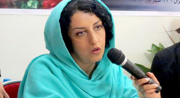 L'appello dal carcere di Narges, attivista iraniana per i diritti: «Siamo 12 donne contagiate dal Covid senza cure»