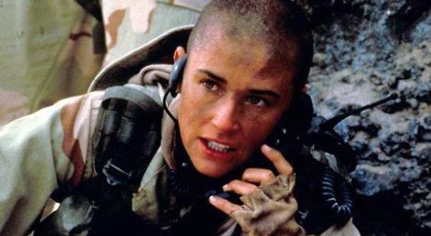 I test segreti dell'esercito Usa sulle donne soldato che fanno parte dei commando d'elite