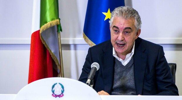 Covid, Arcuri: «Un italiano su 36 è stato contagiato. Vaccino? Complicato se terza ondata»