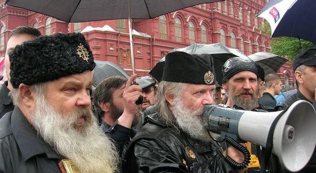 Russia, messi al bando i Testimoni di Geova: per i fedeli previsto l'arresto