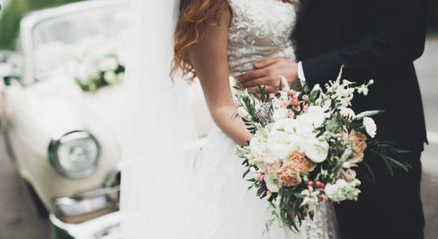 «Matrimonio 2.0»: dalla cerimonia green a quella floreale, un mercato da oltre 5 miliardi