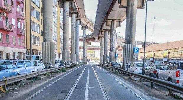 Roma, incidente sulla Prenestina: la vittima è il figlio di una consigliera Pd della regione Emilia Romagna