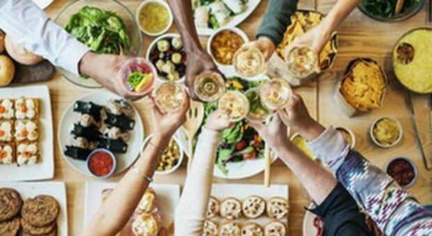 Dieta e digiuno intermittente: tutto ciò che c'è da sapere spiegato in 2 minuti